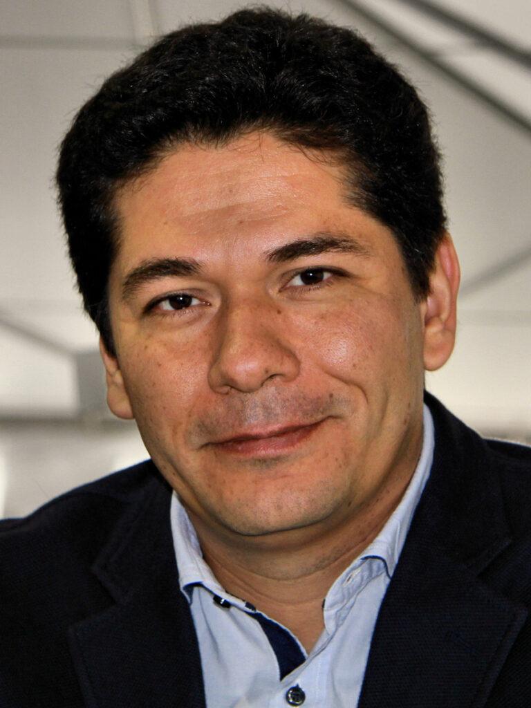 Juan_villalobos