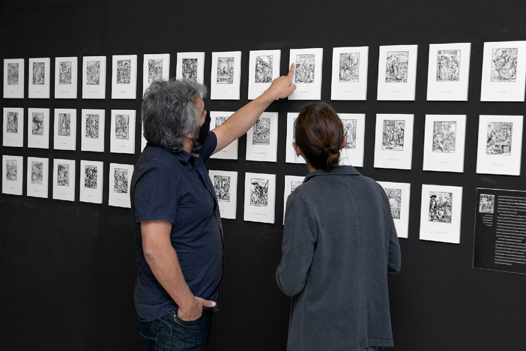 La exposición 'Entre dos mundos' se prorroga una semana, hasta el 29 de noviembre